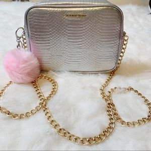 🎁Free gift VS metallic purse crossbody gold chain